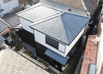 外壁 アステックペイント リファインSi 屋根 JPM フッ素UVコートで塗り替えさせて頂きました。