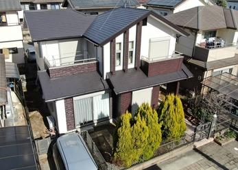外壁 リファインSi 屋根 日本ペイント ファインシリコンベストで施工させていただきました。