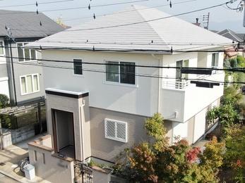 外壁 アステックペイント リファインMF 屋根 日進産業 遮熱ガイナで塗り替えさせていただきました。
