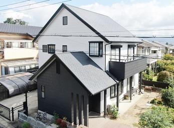 外壁 日本ペイント パーフェクトトップ 屋根 日本ペイント シリコンベストで塗り替えさせていただきました。