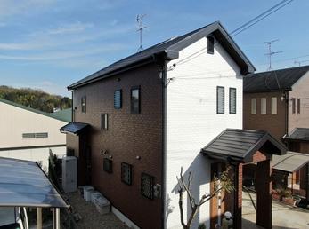 屋根 JPM無機UVコート、外壁 アステックペイント リファインSiで施工させていただきました。