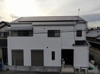 屋根・JPMフッ素UVコート、外壁・アステックペイントリファインMFで施工させて頂きました。