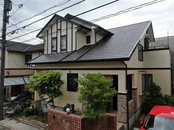 屋根・遮熱サーモF、外壁・リファインMFで施工させていただきました。