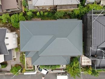 屋根・アステックペイント スーパー遮熱サーモFで施工させていただきました。