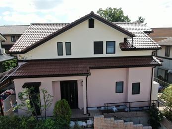 屋根・AGCコーテックボンフロン、外壁・アステックペイント リファインMFで施工させていただきました。